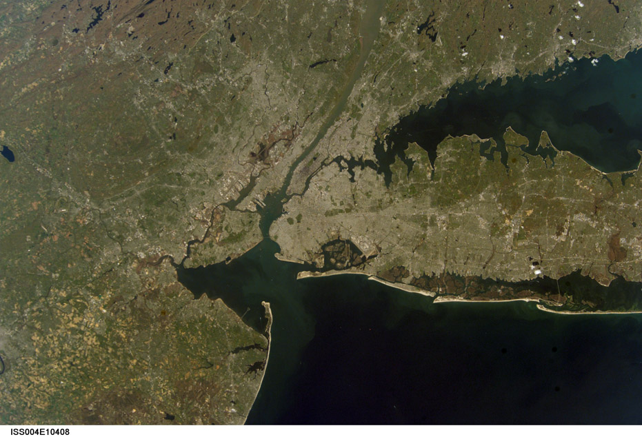 ISS004-E-10408. Raritan Bay Surrounded by New Jersey and New York with Connecticut. Image courtesy of the Image Science & Analysis Laboratory, NASA Johnson Space Center.