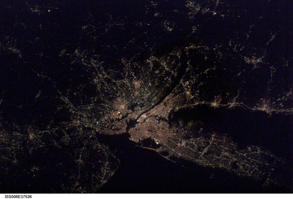 ISS006-E-37526. Raritan Bay Surrounded by New Jersey and New York with Connecticut at Night. Image courtesy of the Image Science & Analysis Laboratory, NASA Johnson Space Center.