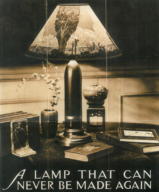 Lamp-on-Desk.jpg
