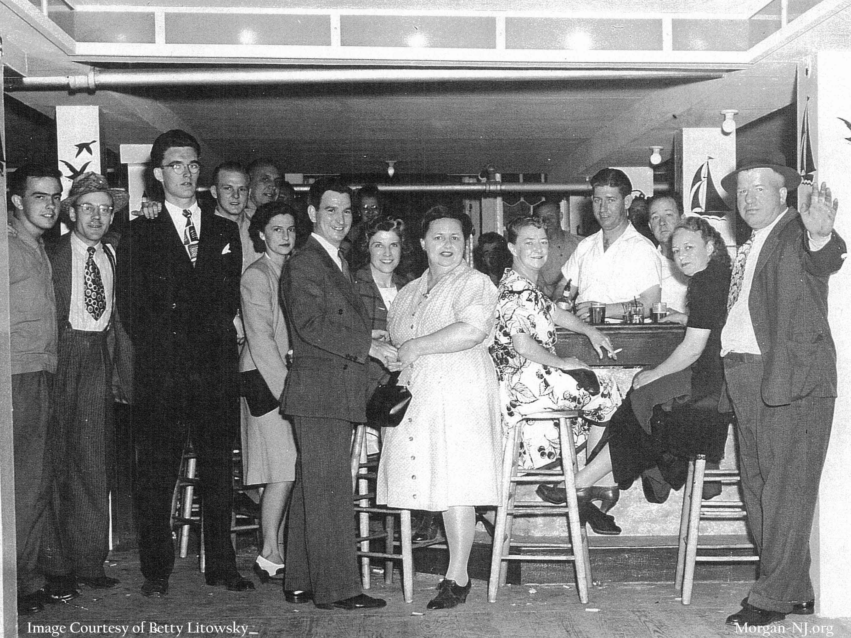 """""""The Gang"""" in the downstairs bar at the Robert E. Lee Inn, circa 1944. Image courtesy of Betty Macrae Litowsky."""